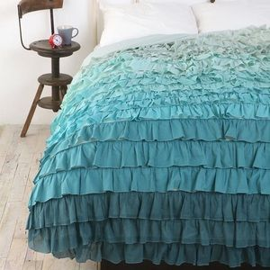 Urban Outfitters Bedding - Tonal Waterfall Duvet Cover
